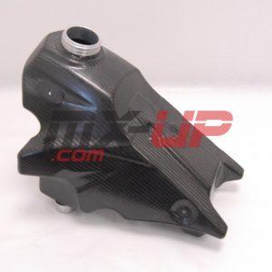 Serbatoio in carbonio per Yamaha YZF